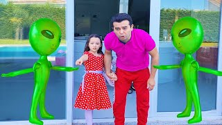 Öykü and Dad Pretend Plays with Aliens - Funny Stories for kids - Video Compilation