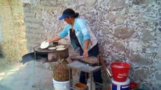 Cooking   Elaboración de Tortilla Mexicana Tradicional