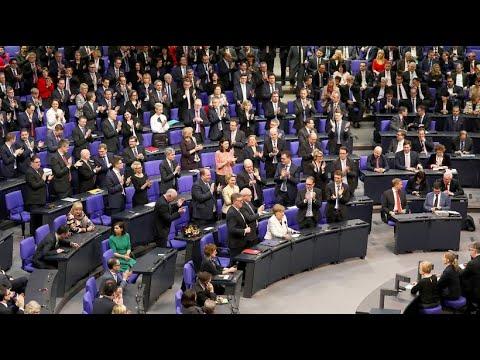 Bundestag wählt Merkel zum vierten Mal zur Bundeskanzlerin