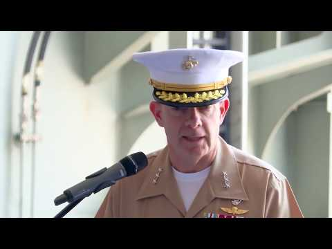 US Marine Corps General delivers speech honouring ADF personnel