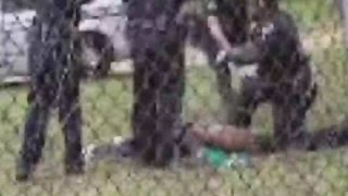 Did cops give medical aid to Walter Scott after shooting?