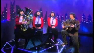 The Kransky Sisters - Turn On The Sun, Steve