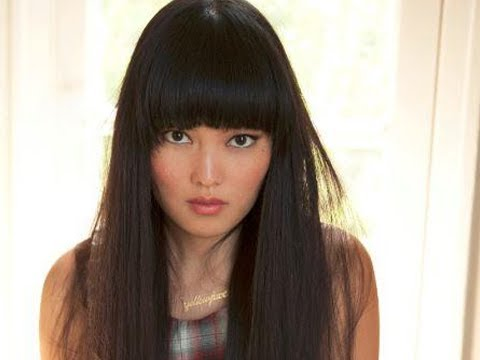 pitch perfect star hana mae lee   youtube