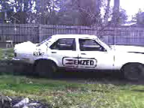 Holden LH Torana 4th gear spooled diff test burnout