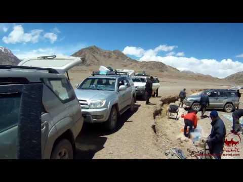 Jeep tours on the Pamir Highway (Tajikistan) .