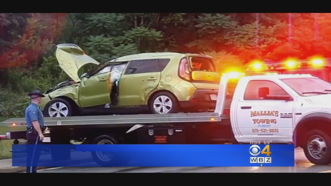 Two-Car Crash On 128 In Beverly Injures Six - YouTube