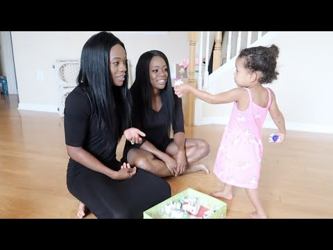 Baby Confused By MOM and Identical TWIN sister 💁🏽♀️💁🏽♀️