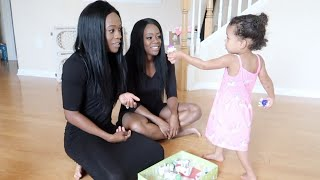 baby confused by mom and identical twin sister
