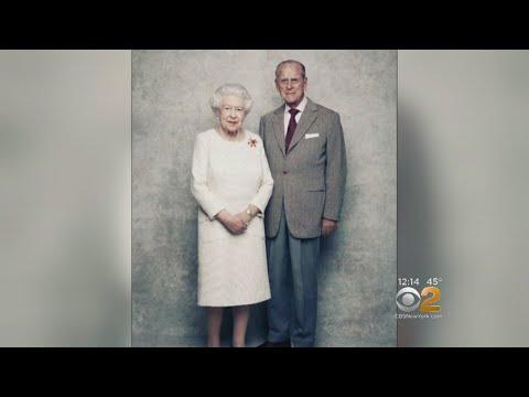 Queen Elizabeth, Prince Philip Celebrate 70th Wedding Anniversary