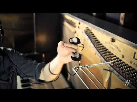 Sound Design 101: Diego Stocco's Creative Sound Design - 13. 'Finger Mics'