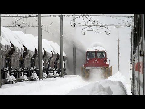 Railway snowfighthing in Croatia (4K)