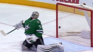 Watch as Antti Niemi gets pulled after allowing some questionable goals against the Dallas Stars to start the game.