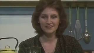 """Телепрограмма """"Взгляд"""" от 1 апреля 1988 года"""