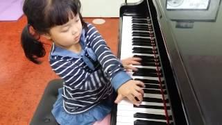 목천 할렐루야피아노학원. 6살 황채영  고양이 춤