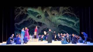 Play La Favorita, Opera