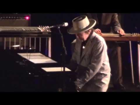 Tokyo Last Night 01 - Bob Dylan