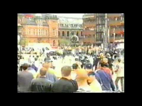 Massive Riots Galatasaray - Leeds / Arsenal 2000