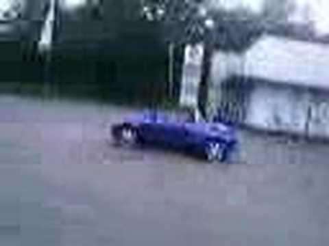 180 degree turn Ford StreetKa
