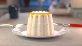 Mona Commercial 2015 | Wereldtoetje: Spaanse mandarijn pudding met sinaasappelsaus
