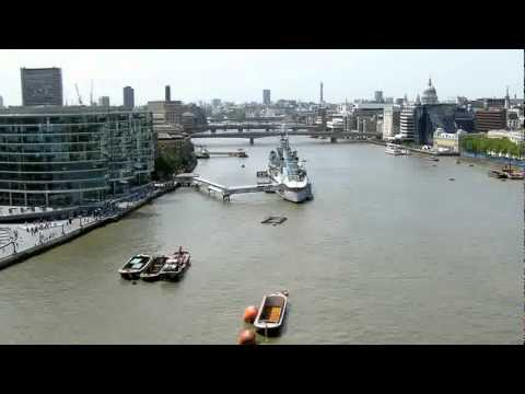Travel Tips  List of Top Things to See in London.flv