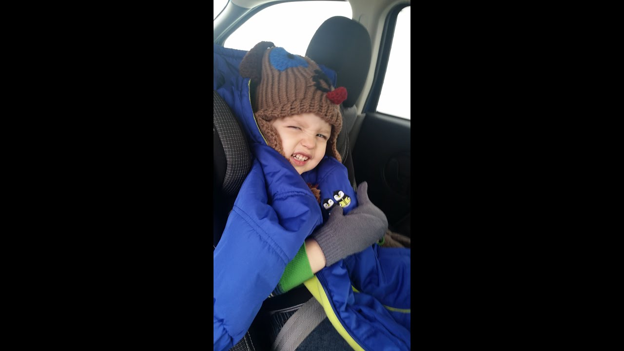 47469d6d332d The Mom Invented Cozywoggle Jacket Review - YouTube