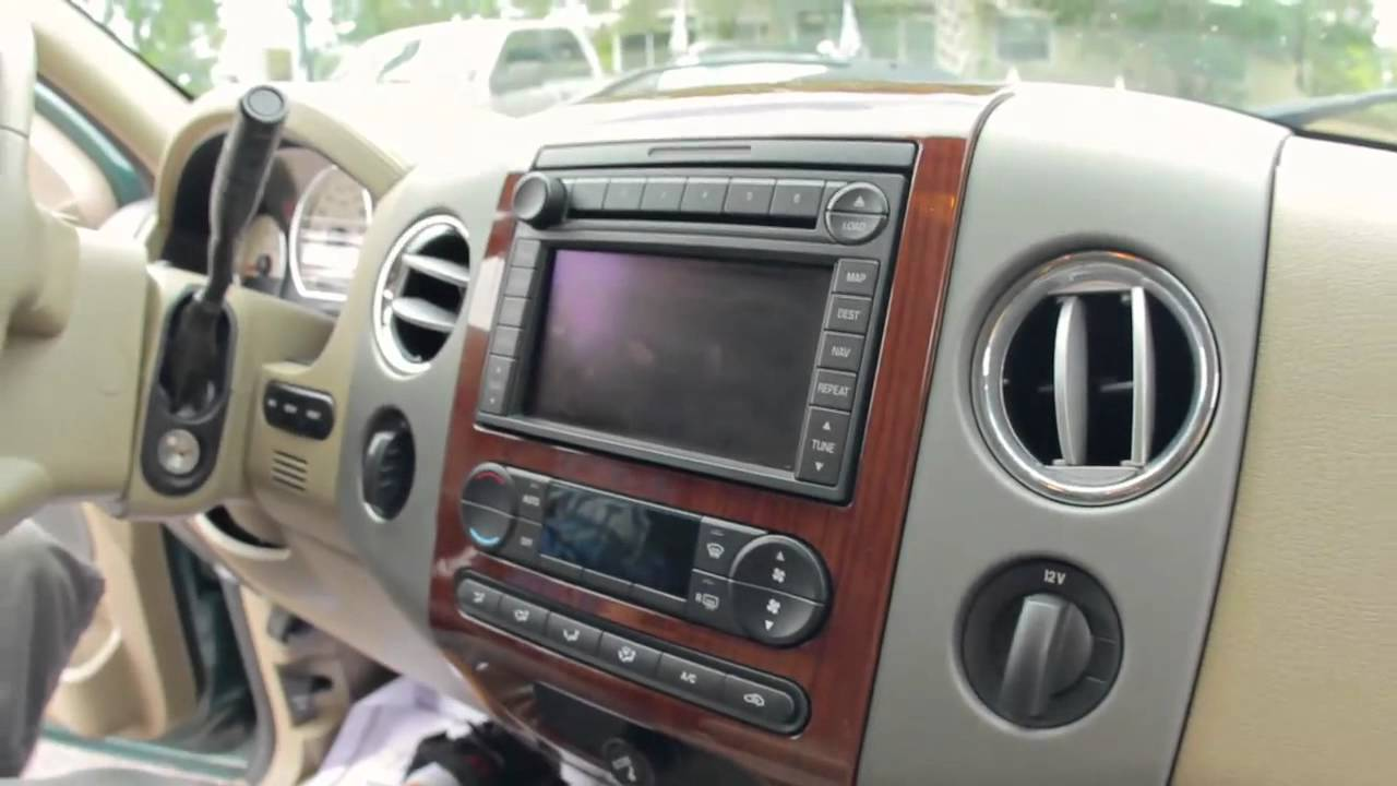 autoline 39 s 2007 ford f 150 lariat walk around review test drive youtube. Black Bedroom Furniture Sets. Home Design Ideas