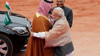 فيديو: رئيس الوزراء الهندي يتجاهل البروتوكول في استقبال محمد بن سلمان …