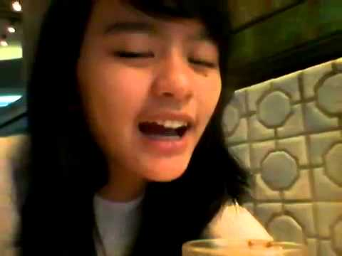 Google+ Ikha JKT48 video [2013-12-31...