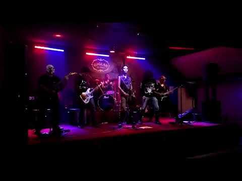 Demonios Guerreros - The Millenium King (Old Man's Child cover) Live at Giglar Rock Kbaret