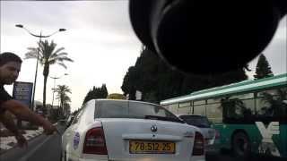 נהג מונית תוקף נהג
