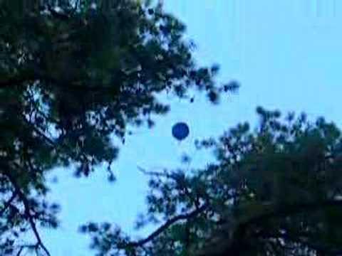 hydrogen balloon huge explosion