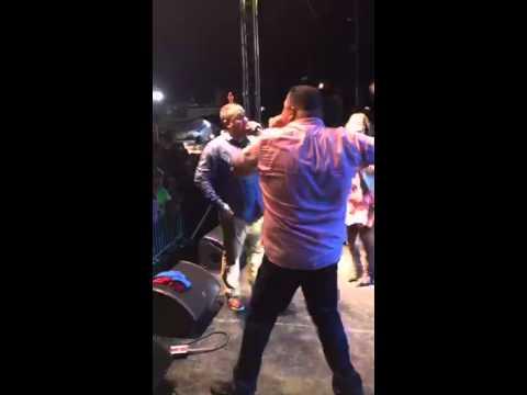 Nimsy Lopez en Humacao 2015 ( Tu no estas solo)