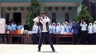 Break Dance - Hari Guru Nasional 2014
