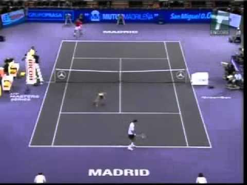Novak Djokovic Hits Very Attractive Ball Girl Youtube