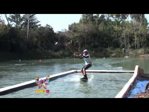WAKE TV 34 BLQ 001 Copa Argentina Green Parrot!
