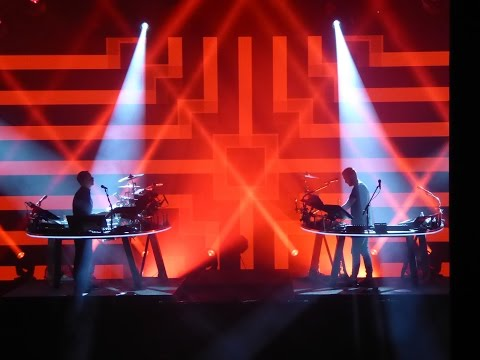 Disclosure @ Apple Music Festival - BANG THAT/When A Fire Starts To Burn