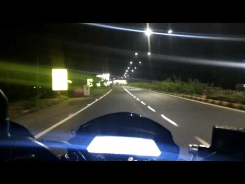 Dominar 400 | First Night Ride | CIAL Road | Kochi