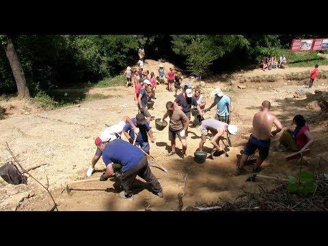 Não acredita que existem pirâmides e outras estruturas antigas na Bósnia? Por que não vem vê-los com seus próprios olhos?