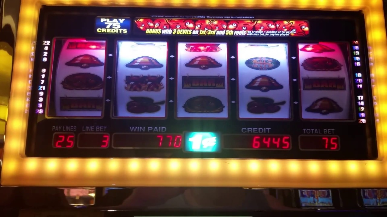 devil and diamonds slots