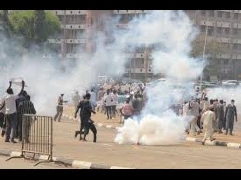 Happening Now : Gunshots as Police, Shiites Clash by Foreign Affairs Ministry Abuja