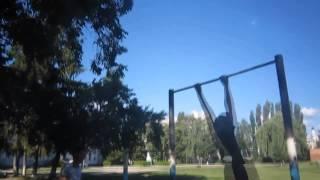 Прикольные сложные трюки на турнике This is хорошо)(классное видео ставь лоис., 2013-07-15T15:58:58.000Z)