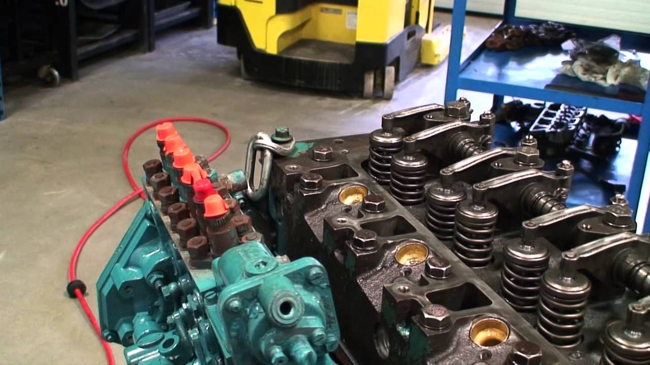 injector sleeve installation and removal [ 1280 x 720 Pixel ]