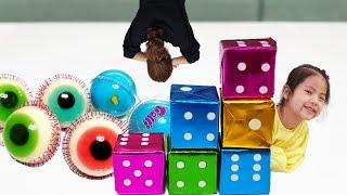 숨겨진 사탕과 젤리를 찾아라!! 서은이의 주사위 껌 지구젤리 눈알젤리 보물찾기 숨바꼭질 Dice Cube Candy Treasure