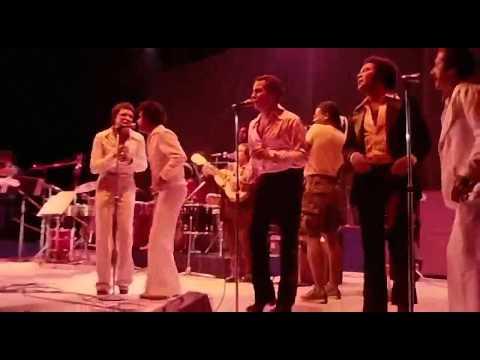 Celia Cruz  Live in Africa [HDTV] [720p]