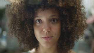 Repeat youtube video Dove | Beauty standards of hair are a form of bias #BeautyBias