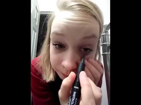 Maquillage Gothique Facile A Faire Youtube