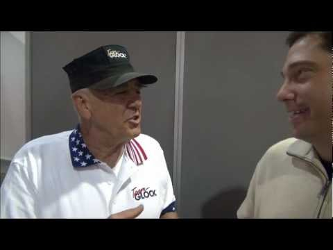 R. Lee Ermey THE GUNNY YELLS AT ME ! Shot Show weaponseducation