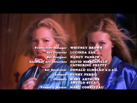 Dick (1999) - Roller Disco End Credits
