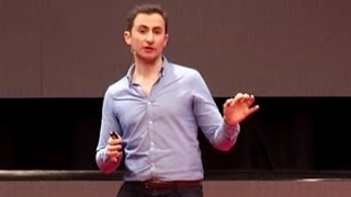 Tomando el control de nuestro futuro financiero | Rodrigo Álvarez | TEDxMontevideo