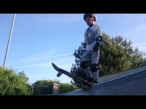 Drop in tutorial Nailsea Skatepark
